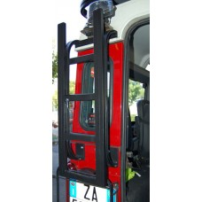UPRACKS 63-ALRLSET Land Rover Defender ladder voor achterop